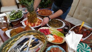 Benvenuti a cena: pronto in tavola il cibo che profuma di intercultura
