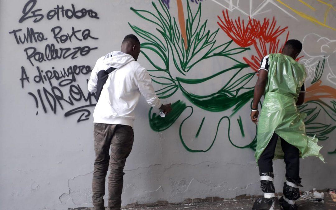 Xing-crossing: a Torino un murales che parla di fiducia e libertà realizzato dalla Consulta dei ragazzi